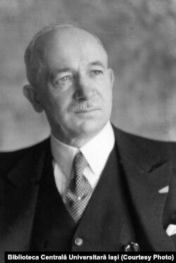 Edvard Beneș, Ministrul de Externe, viitor președinte al Cehoslovaciei (Sursă: Biblioteca Centrală Universitară Iași)