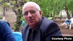 """""""Cənub xəbərləri"""" qəzetinin redaktoru Zahir Əmənov"""