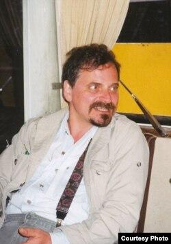 Александр Генис, конец 1990-х. Фото: Ив.Толстой