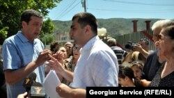 В Грузии усиливается движение за возвращение имущества, отобранного в годы правления «националов». На сегодняшний день в прокуратуре находится около 20 тысяч дел, связанных с имущественными спорами