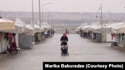 Suriya qaçqınları üçün Türkiyədə çadır düşərgəsi
