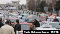 Илустрација: Протест на такси-возачите во Скопје во 2011 година