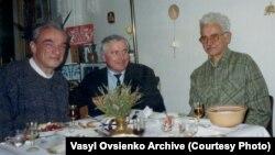 Михайло Хейфец (ліворуч), Василь Овсієнко, Євген Сверстюк