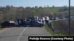 Blokada u mestu Padalište, opština Istok