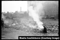 Rubbish smoldering on a Leningrad street in 1978.