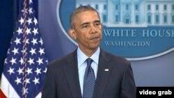 Președintele Barack Obama în timpul alocuțiunii de la Casa Albă referitoare la atacul terorist