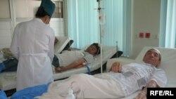 Пациенты-доноры, республиканский центр крови, Алматы, 16 июля 2008 года.