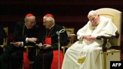 Иоанн Павел II и кардиналы