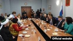 Сахалин татарларының Миңнеханов белән очрашуы