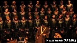 """المطرب حسين الأعظمي مع فرقة """"طيور دجلة"""""""