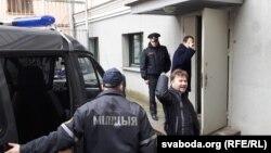 Максім Вінярскі перад судом