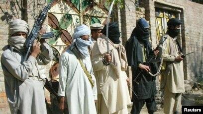 عباسي:د پاکستاني طالبانو پټنځایونه د ده په وینا په افغانستان کې دي.