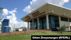 Астанадағы «Ана мен бала» ұлттық ғылыми орталығының сыртқы көрінісі. (Көрнекі сурет)