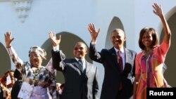 Обама и президент Танзании с супругами в Дар-эс-Саламе