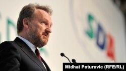Bakir Izetbegović: Začudila me je reakcija iz Hrvatske, neki stavovi prema nama političarima
