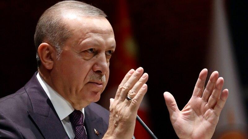 ОН бараат прекин на вонредната состојба во Турција