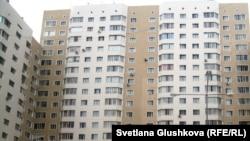 Многоэтажные жилые дома в Астане. Иллюстративное фото.