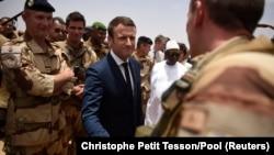 رئیسجمهور فرانسه به تازگی در سفر با مالی بر تعهدات فرانسه در قبال کشورهای گروه پنج تأکید کرده بود.