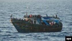 Лідери ЄС обговорять проблеми, пов'язані з потоком мігрантів, які прямують до Європи через Середземне море
