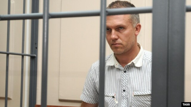 Dmitry Dovgy in court in August 2008
