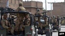 Ushtarë pakistanezë