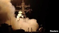 صواريخ توما هوك الأميركية تنطلق متوجهة نحو أهدافها في العراق يوم 20 آذار 2003.