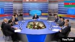 Выступления кандидатов в президенты Азербайджана за круглым столом в прямом эфире Общественного телевидения .