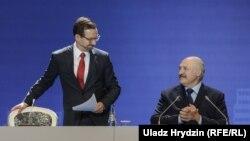 Томас Грэмінгер і Аляксандар Лукашэнка на «Менскім дыялёгу»