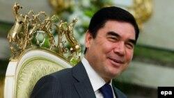 Түркменстан президенті Гурбангулы Бердімұхамедов. Ашғадат, 17 қараша 2011 жыл. (Көрнекі сурет)