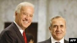 میشل سلیمان، رئیس جمهور لبنان، و جوزف بایدن، معاون رئیسجمهور آمریکا در بیروت