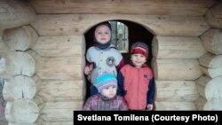 Коля, Федя и Лиза Буздаковы