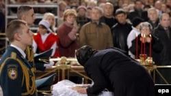В Храме Христа Спасителя идет прощание с Борисом Ельциным