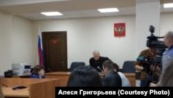 Суд по делу об истязании ребенка, Омск, 3 февраля 2020г.