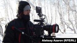 Режиссер Фархат Шарипов на съемочной площадке. Астана, 24 декабря 2012 года.