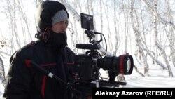 «Өзге планеталықтардың қатысы жоқ» фильмінің режиссері Фархат Шәріпов. Астана, 24 желтоқсан 2012 жыл.