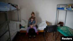 Беженцы в Славянске, март 2015 года