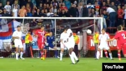 Sa utakmice reprezentacija Srbije i Engleske na kojoj je došlo do incidenta