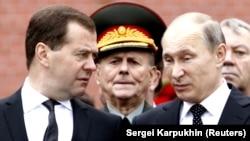 Медведев и Путин.
