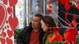 Бүгүн дүйнөнүн бир топ өлкөлөрүндө Ыйык Валентин күнү белгиленүүдө.
