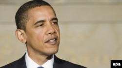 Вашингтон -- Президент Барак Обама Гуантанамодогу лагерди баары бир жабууга туура келерин эскертти.