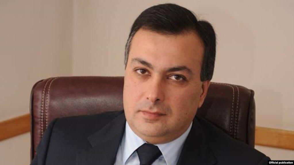 «Айкакан жаманак»: Глава Минкультуры Армении поддерживает изменение гимна РА