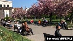 Площа Їржіго з Подєбрад під час карантину, Прага, 20 квітня 2020 року