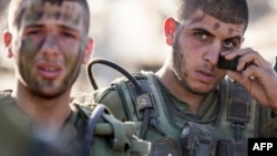 Израильские солдаты перед боевой операцией в секторе Газа