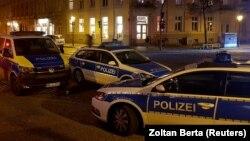 Автомобили полиции. Иллюстративное фото.