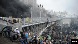 Активисты Майдана в центре Киева (20 февраля 2014 года)