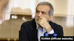 مسعود پزشکیان گفته که در مجلس در حال پیگیری هستیم تا موضوع حصر موسوی، کروبی و رهنورد حل شود.