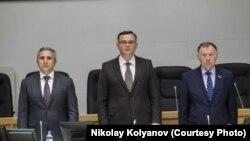 Дмитрий Еремеев (в центре) и врио губернатора Тюменской области Александр Моор (слева)