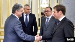 Петр Порошенко и адвокаты Надежды Савченко