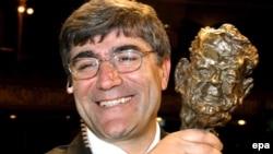 Türkiyədə 2006-cı ildə öldürülmüş erməni əsilli jurnalist Hrant Dink.
