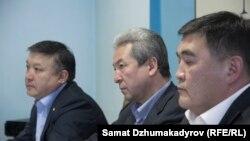 Ахматбек Келдибеков, Адахан Мадумаров и Камчыбек Ташиев.